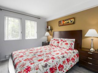 """Photo 10: 108 1200 EASTWOOD Street in Coquitlam: North Coquitlam Condo for sale in """"LAKESIDE TERRACE"""" : MLS®# R2466564"""