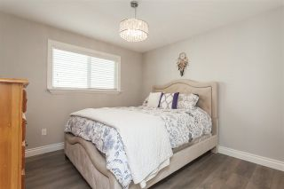 """Photo 12: 6059 187 Street in Surrey: Cloverdale BC House for sale in """"Eaglecrest"""" (Cloverdale)  : MLS®# R2399815"""