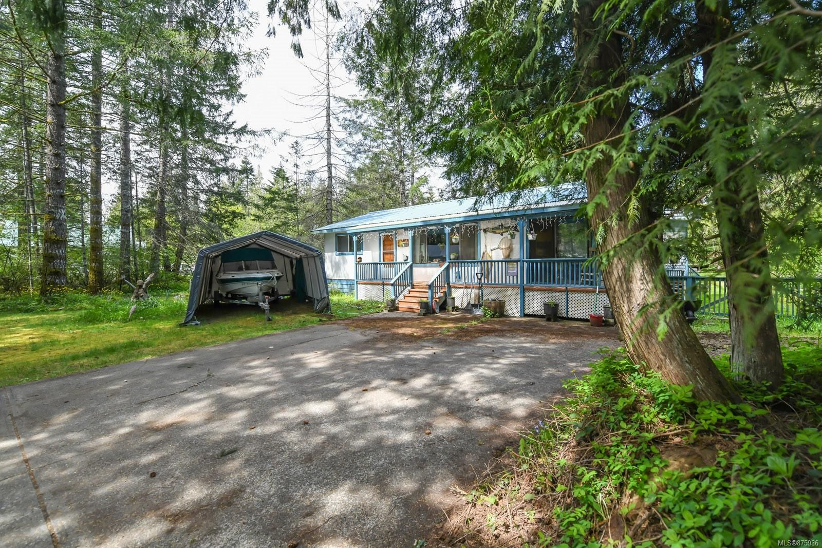 Main Photo: 3534 Royston Rd in : CV Courtenay South House for sale (Comox Valley)  : MLS®# 875936