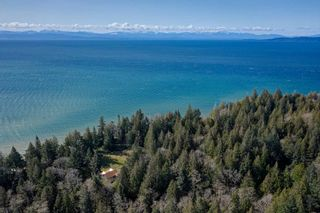 Photo 10: 135 HAIRY ELBOW Road in Seymour: Halfmn Bay Secret Cv Redroofs House for sale (Sunshine Coast)  : MLS®# R2556718