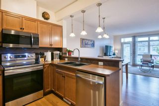 Photo 10: 2 172 Rockyledge View NW in Calgary: Rocky Ridge Row/Townhouse for sale : MLS®# A1152738