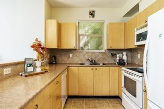 """Photo 8: 56 1010 EWEN Avenue in New Westminster: Queensborough Townhouse for sale in """"WINDSOR MEWS"""" : MLS®# R2597188"""