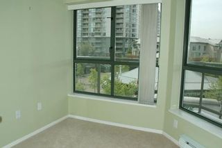 Photo 8: 305 260 NEWPORT DR in Port Moody: House for sale (North Shore Pt Moody)  : MLS®# V586137