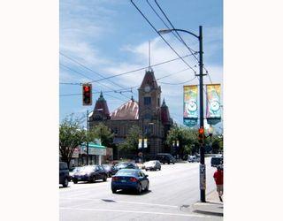 """Photo 4: 637 E 11TH Avenue in Vancouver: Mount Pleasant VE House for sale in """"MOUNT PLEASANT"""" (Vancouver East)  : MLS®# V725387"""