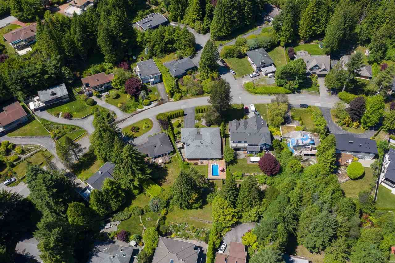 Photo 23: Photos: 80 GLENMORE Drive in West Vancouver: Glenmore House for sale : MLS®# R2468139