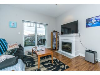 Photo 13: 208 17712 57A AVENUE in Surrey: Cloverdale BC Condo for sale (Cloverdale)  : MLS®# R2327988