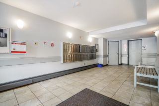 """Photo 2: 106 436 SEVENTH Street in New Westminster: Uptown NW Condo for sale in """"REGENCY COURT"""" : MLS®# R2625493"""