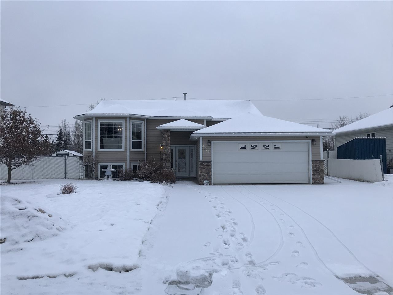 Main Photo: 9212 116 AVENUE in : Fort St. John - City NE House for sale : MLS®# R2526415