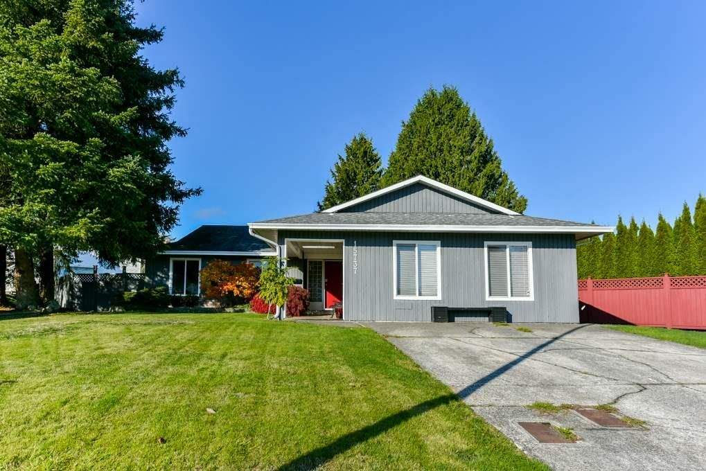 Main Photo: 15737 95A Avenue in Surrey: Fleetwood Tynehead House for sale : MLS®# R2552983