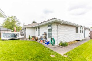 Photo 37: 18172 CLAYTONWOOD Crescent in Surrey: Cloverdale BC House for sale (Cloverdale)  : MLS®# R2575859