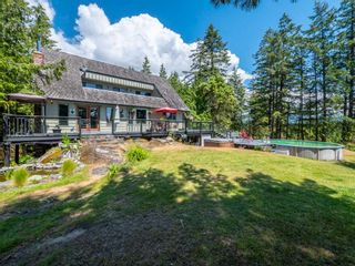 "Photo 1: 6801 NORWEST BAY Road in Sechelt: Sechelt District House for sale in ""West Sechelt"" (Sunshine Coast)  : MLS®# R2260668"