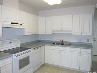 Photo 4: 302 220 1st Street East in Nipawin: Residential for sale : MLS®# SK856973
