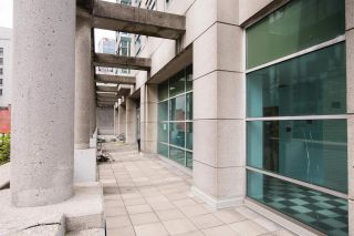 """Photo 33: 2607 438 SEYMOUR Street in Vancouver: Downtown VW Condo for sale in """"Conference Plaza"""" (Vancouver West)  : MLS®# R2574733"""