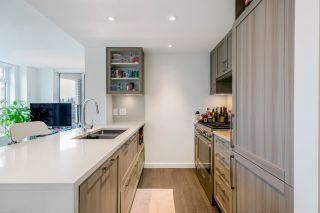 """Photo 5: 305 5470 ORMIDALE Street in Vancouver: Collingwood VE Condo for sale in """"WALL CENTRE CENTRAL PARK"""" (Vancouver East)  : MLS®# R2555276"""