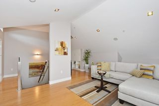 """Photo 19: 25 W 15TH Avenue in Vancouver: Mount Pleasant VW Townhouse for sale in """"CAMBIE VILLAGE"""" (Vancouver West)  : MLS®# R2065809"""