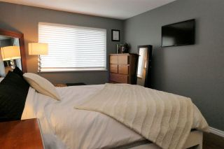 "Photo 11: 308 33668 KING Road in Abbotsford: Poplar Condo for sale in ""College Park"" : MLS®# R2468429"
