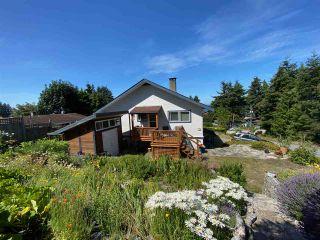 "Photo 4: 4750 WHITAKER Road in Sechelt: Sechelt District House for sale in ""DAVIS BAY"" (Sunshine Coast)  : MLS®# R2476766"