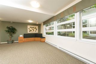 """Photo 18: 409 2181 W 12TH Avenue in Vancouver: Kitsilano Condo for sale in """"THE CARLINGS"""" (Vancouver West)  : MLS®# R2109924"""