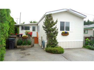 """Photo 1: 30 39768 GOVERNMENT Road in Squamish: Northyards Manufactured Home for sale in """"THREE RIVERS MOBILE HOME PARK"""" : MLS®# V1124602"""