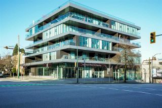 """Photo 2: 304 1819 W 5TH Avenue in Vancouver: Kitsilano Condo for sale in """"WEST FIVE"""" (Vancouver West)  : MLS®# R2605726"""