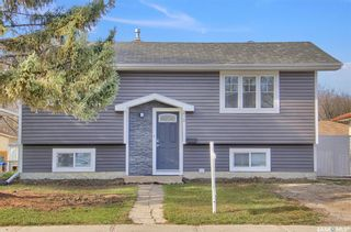 Main Photo: 424 McIntosh Street in Regina: Normanview Residential for sale : MLS®# SK874352