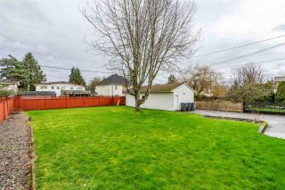 Photo 18: 6160 175A Street in Surrey: Cloverdale BC House for sale (Cloverdale)  : MLS®# R2429632