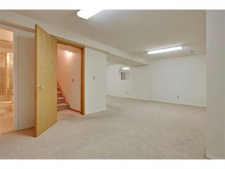 Photo 18: 43 LINCOLN Manor SW in Calgary: Lincoln Park House for sale : MLS®# C4008792