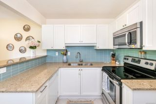 Photo 10: 7 7751 East Saanich Rd in Central Saanich: CS Saanichton Row/Townhouse for sale : MLS®# 854161