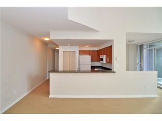 "Photo 3: 1406 189 NATIONAL Avenue in Vancouver: Mount Pleasant VE Condo for sale in ""THE SUSSEX"" (Vancouver East)  : MLS®# V1132745"