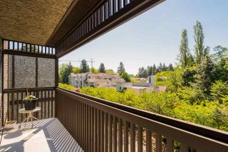 """Photo 3: 415 9672 134 Street in Surrey: Whalley Condo for sale in """"PARKWOOD-DOGWOOD"""" (North Surrey)  : MLS®# R2171533"""