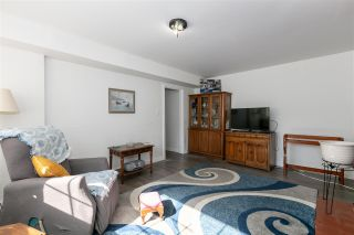 Photo 9: 2101 FOSTER Avenue in Coquitlam: Central Coquitlam House for sale : MLS®# R2551908