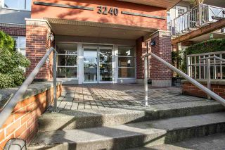 """Photo 18: 403 3240 ST JOHNS Street in Port Moody: Port Moody Centre Condo for sale in """"THE SQUARE"""" : MLS®# R2536864"""