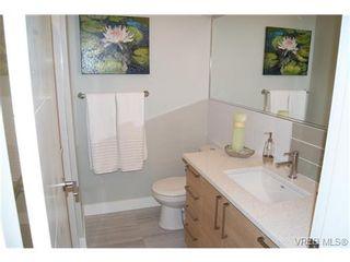 Photo 14: 402 1540 Belcher Ave in VICTORIA: Vi Jubilee Condo for sale (Victoria)  : MLS®# 711918