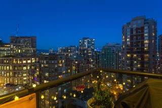 Photo 26: Exclusive! 1701-889 Homer Street in Vancouver: Downtown VW Condo for sale (Vancouver West)