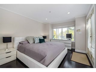 """Photo 14: 363 E 30TH Avenue in Vancouver: Main House for sale in """"MAIN STREET"""" (Vancouver East)  : MLS®# V1085412"""