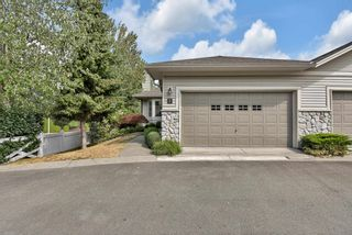 """Photo 2: 7 16888 80 Avenue in Surrey: Fleetwood Tynehead Townhouse for sale in """"STONECROFT"""" : MLS®# R2610789"""