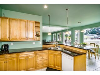 "Photo 7: 638 THOMPSON Avenue in Coquitlam: Coquitlam West House for sale in ""Burquitlam"" : MLS®# R2071441"