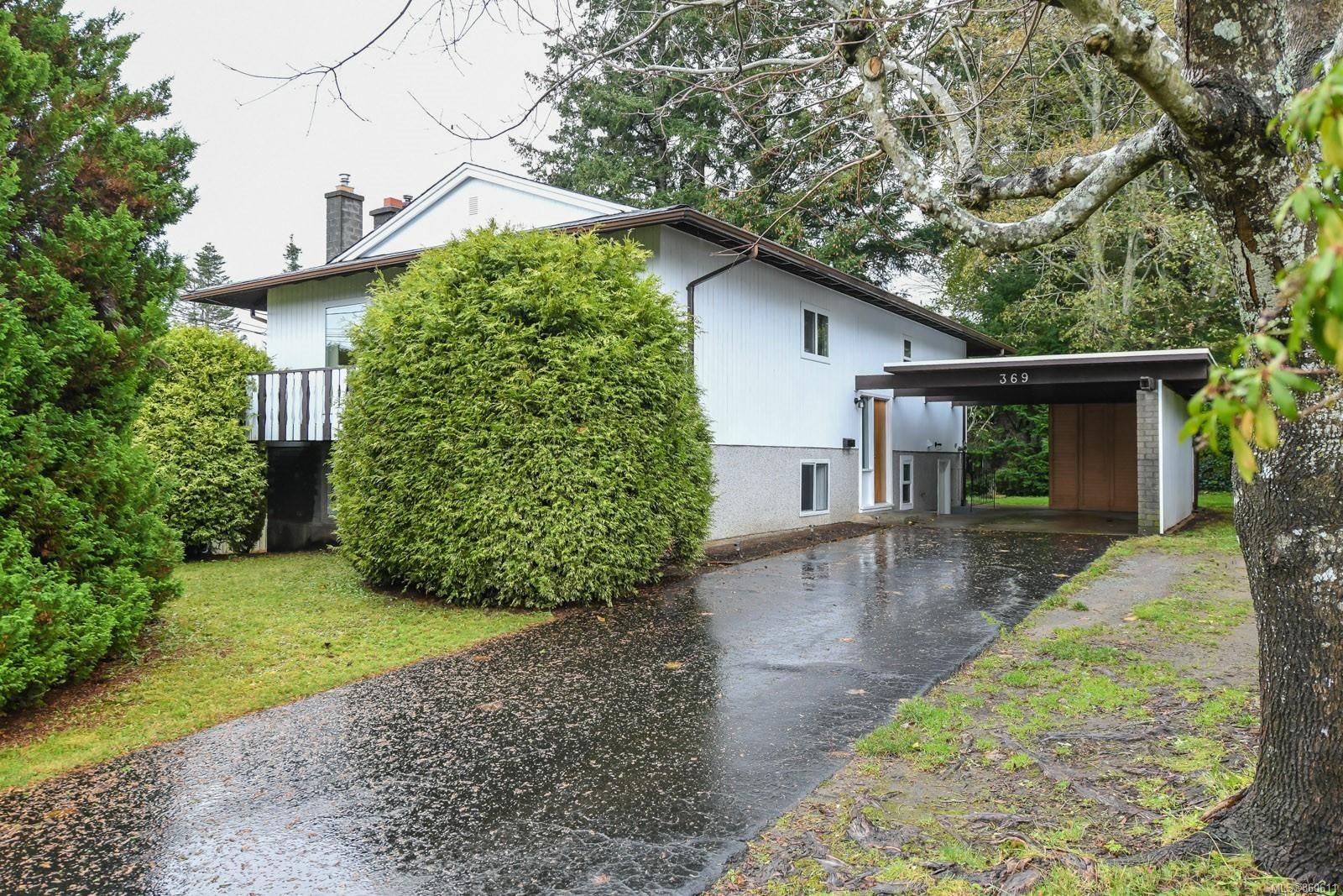 Main Photo: 369 Aitken St in : CV Comox (Town of) House for sale (Comox Valley)  : MLS®# 860611