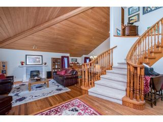 Photo 5: 28344 HARRIS Road in Abbotsford: Bradner House for sale : MLS®# R2612982