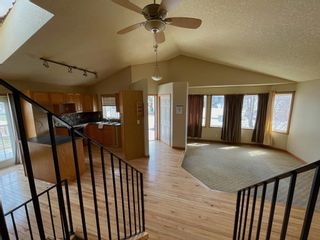 Photo 5: 111 Ridgebrook Drive SW: Airdrie Detached for sale : MLS®# A1102417