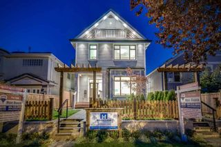 Photo 2: 1068 14 AVENUE in Vancouver East: Home for sale : MLS®# R2009468