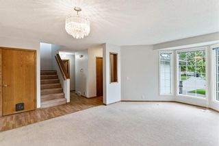 Photo 6: 319 Eldorado Place NE in Calgary: Monterey Park Detached for sale : MLS®# A1114122