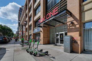 Photo 2: 1106 10226 104 Street in Edmonton: Zone 12 Condo for sale : MLS®# E4254073