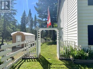 Photo 10: 3302 RED BLUFF ROAD in Quesnel: House for sale : MLS®# R2595855