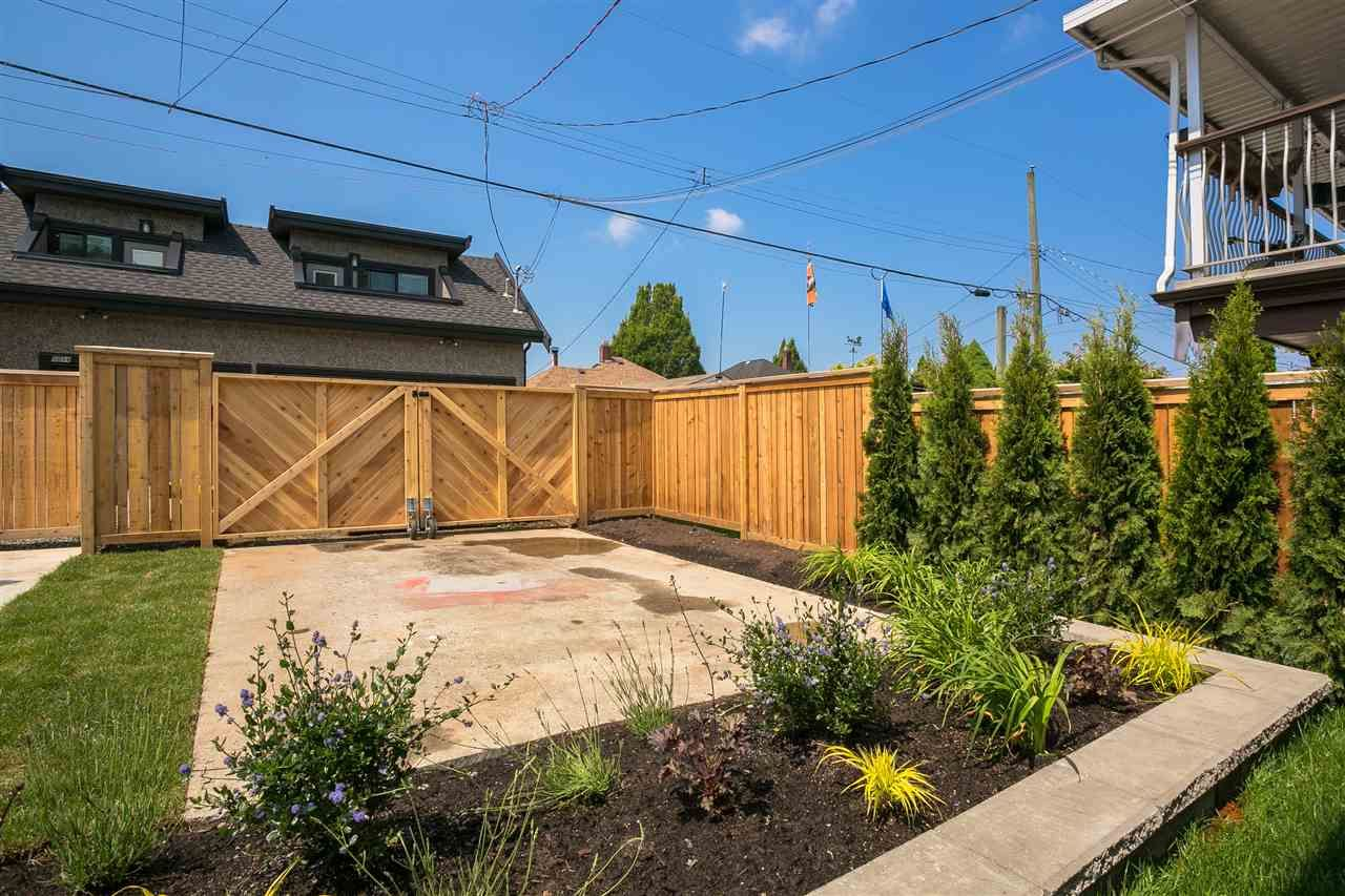 Photo 17: Photos: 5051 SHERBROOKE Street in Vancouver: Knight House for sale (Vancouver East)  : MLS®# R2516247