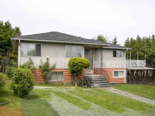"""Photo 3: 4285 MACDONALD Street in Vancouver: Arbutus House for sale in """"Arbutus"""" (Vancouver West)  : MLS®# R2551166"""