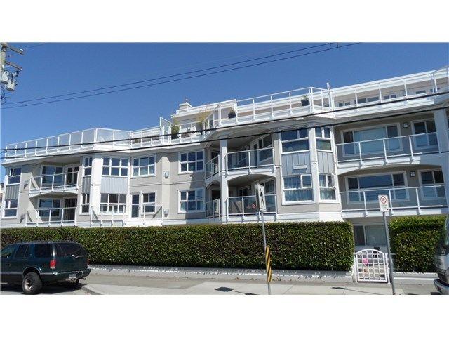 Main Photo: 202 15367 BUENA VISTA AV: White Rock Home for sale ()  : MLS®# F1445405