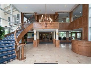 """Photo 2: 320 3098 GUILDFORD Way in Coquitlam: North Coquitlam Condo for sale in """"MARLBOROUGH HOUSE"""" : MLS®# V1122359"""