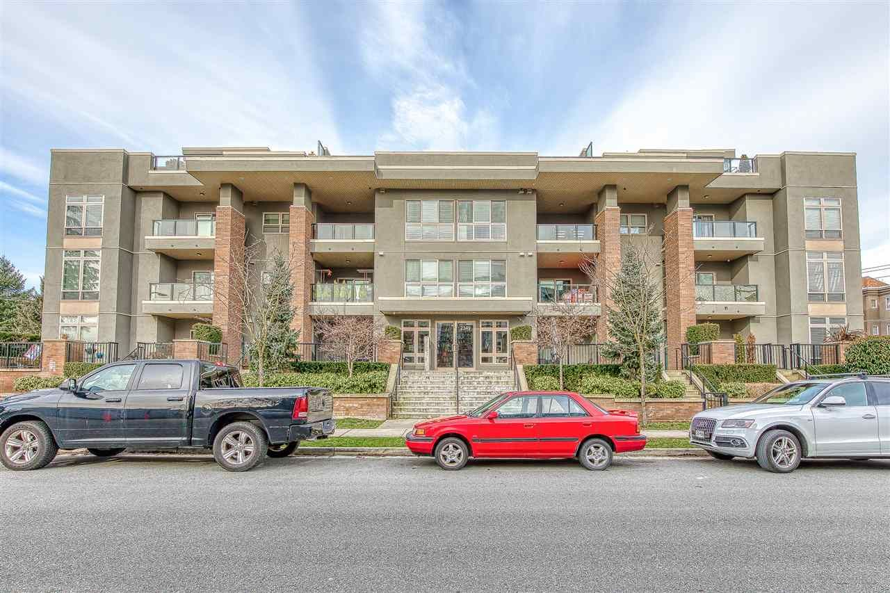 """Main Photo: 304 2349 WELCHER Avenue in Port Coquitlam: Central Pt Coquitlam Condo for sale in """"ALTURA"""" : MLS®# R2435441"""