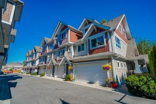 """Photo 2: 6 7298 199A Street in Langley: Willoughby Heights Townhouse for sale in """"York"""" : MLS®# R2602726"""
